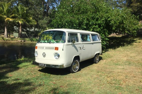 Pippa VW Kombi Microbus for hire