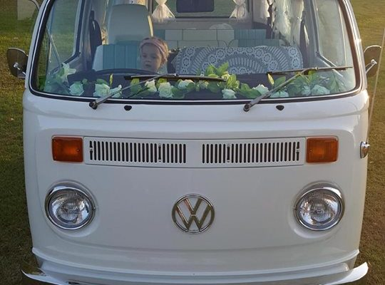 Pippa VW Kombi Microbus front
