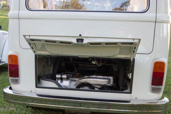 Puff VW Kombi engine